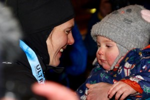 Jasmin Paris expresses milk for her baby during Montane Spine Race