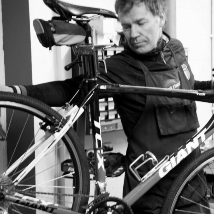 enda dunne, the bike room wicklow, bike mechanic